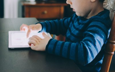 """Momo and More: How to Talk to Your Kids About the """"Scary"""" Internet"""